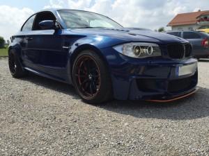 BMW 1er-M-coupe vollbeklebung blau metallic vfv-werbetechnik cfc muenchen02