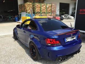BMW 1er-M-coupe vollbeklebung blau metallic vfv-werbetechnik cfc muenchen07