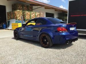 BMW 1er-M-coupe vollbeklebung blau metallic vfv-werbetechnik cfc muenchen08