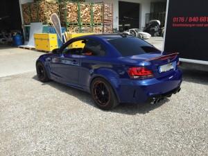 BMW 1er-M-coupe vollbeklebung blau metallic vfv-werbetechnik cfc muenchen09