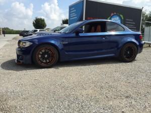 BMW 1er-M-coupe vollbeklebung blau metallic vfv-werbetechnik cfc muenchen11