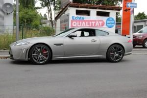Jaguar XKR S vollbeklebung vfv brushed titanium 1