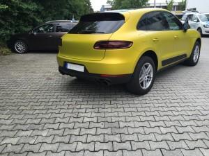Porsche Macan Vollverklebung 3M Satin Bitter Yellow vfv werbetechnik - 6